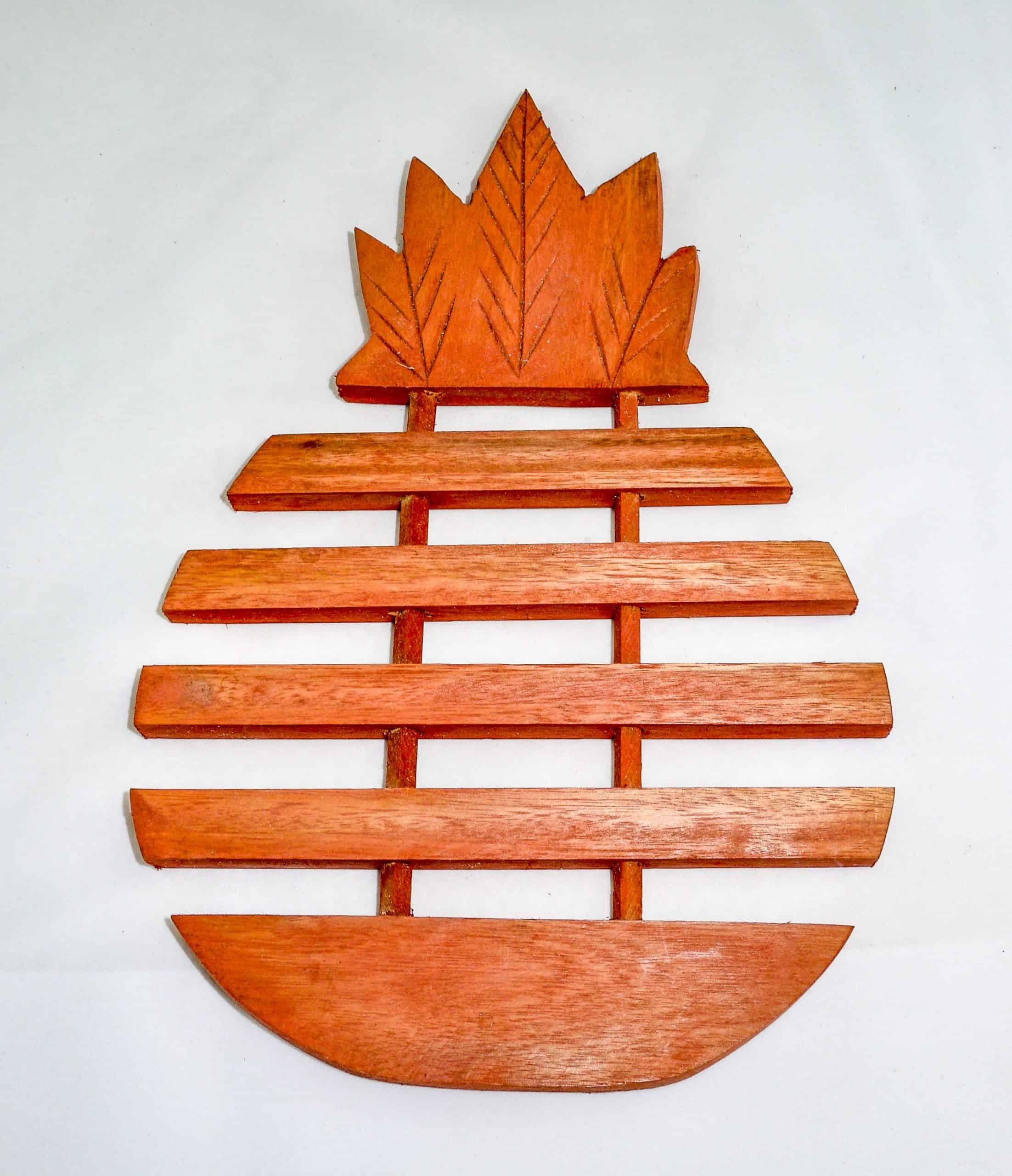 Kitchen Essentials Wooden Pineapple Trivet Salvador Guidebook